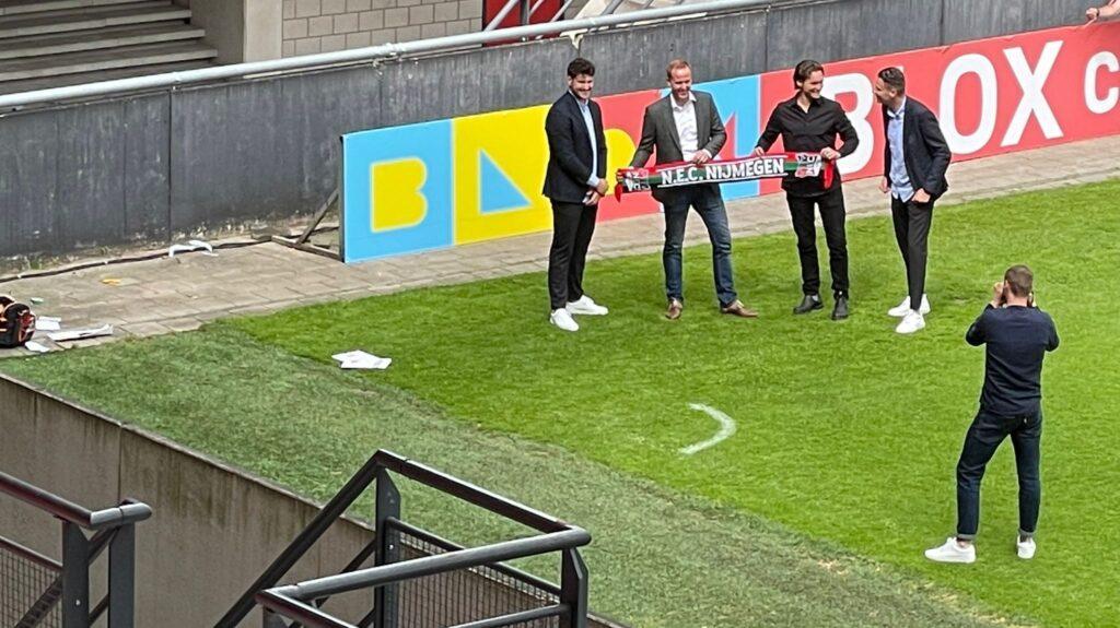 NEC 跟随 Ajax 和 Club Brugge 并与 BLOX 签署合作协议,获得比特币报酬